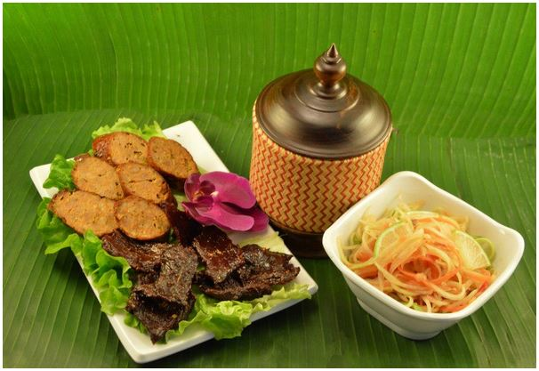 巴黎二区 Baan Lao Thaï正宗泰国餐和老挝餐