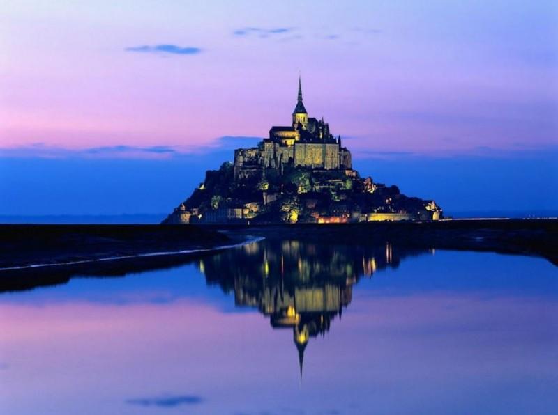 Le Mont St Michel圣米歇尔山夜景