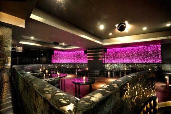 larc-paris-restaurant-and-nightclub-13-570x379.jpg