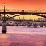 巴黎新桥Pont Neuf 上可以看日落,去看看吧